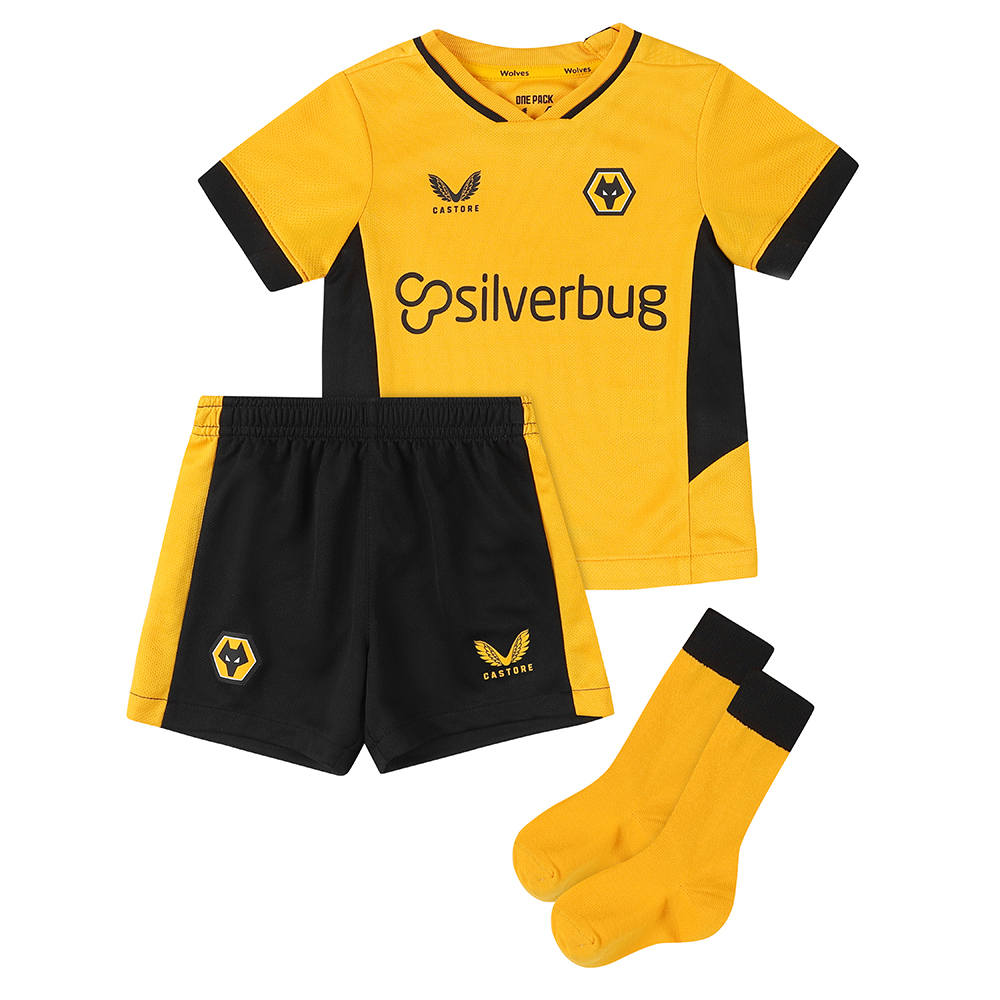 2021-22 Wolves Home Baby KitBe Part Of the Pack, with the 2021-22 Wolves Home Shirt and show your pride on the street and in the stands.Featuring detailed colour matching and dyeing to be true Wolves Gold and bring it back home to the club and fans.A matte shine fabric to the reverse emulates flow and movement on the pitch. Contrast colour side panels for a modern impactful look. Contains Shirt, shorts and socks for any little Wolves Fan.Shirt & Shorts: 100% PolyesterSocks: Polyamide 98%, Elastane 2%
