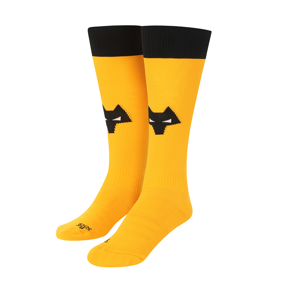 """2021-22 Wolves Home Sock - JuniorBe Part Of the Pack, with the 2021-22 Wolves Home Sock and show your pride on the streets and in the standFeaturing a Wolves head incorporated into front and centre of the sock, to show prominently on and off field. """"Polyamide 98%Elastane 2%"""